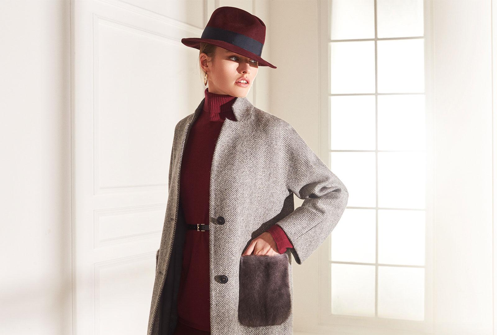 lenoci luxury- cappotto collo in piedi collo a stella kimono tasche in visone Iris blu tessuto 100% alpaca Vitale Barberis eco sostenibile bottoni corno